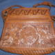 Bolso cartera con grabados Mayas y Aztecas. Purse wallet with Mayan and Aztec prints.